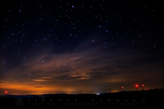 Luz de estrellas y de ciudad